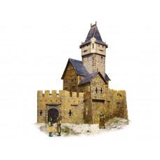 """Сборная игровая модель из картона  """"Охотничий замок""""."""
