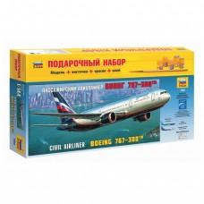 """Модель для склеивания, """"Авиалайнер пассажирский Боинг 767-300"""", 1:144"""
